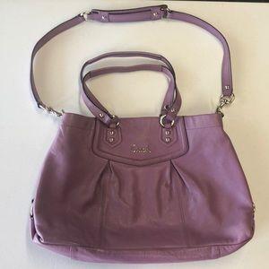 Coach lilac leather Ashley purse💜💗❤️